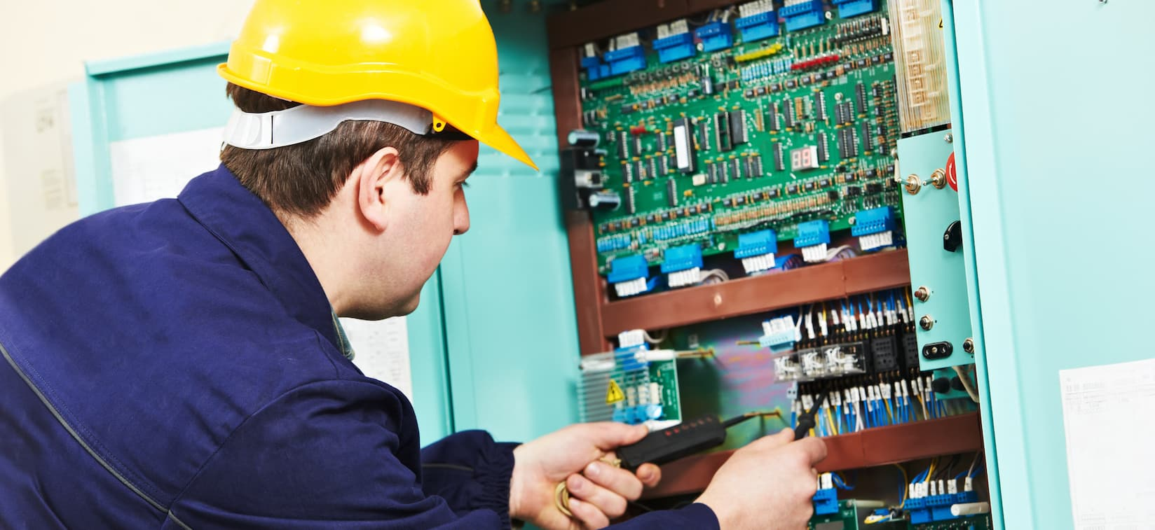 Long Beach Commercial Electrician Service